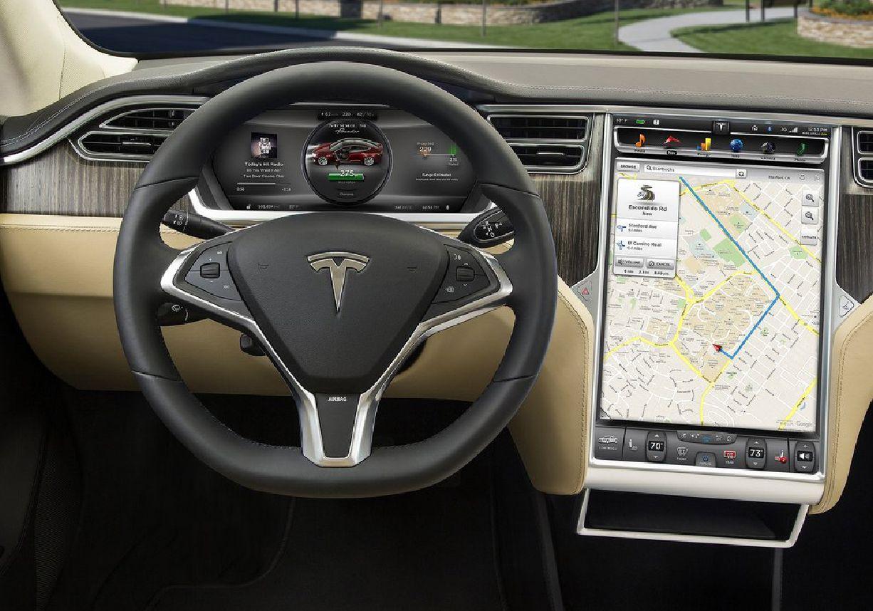 Tesla-Model-S-Dashboard-View